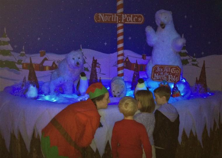 Bella-Dee - The Santa Experience 6.jpg